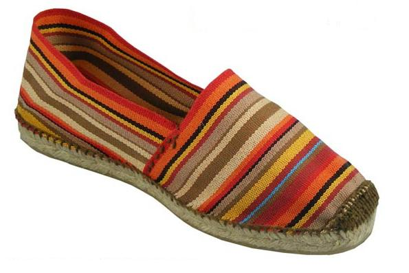 Classical espadrilles made in Bangladesh
